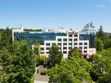 Crowne Plaza Portland-Lake Oswego in Lake Oswego, Oregon
