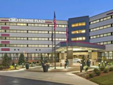 Crowne Plaza Lansing West in Charlotte, Michigan