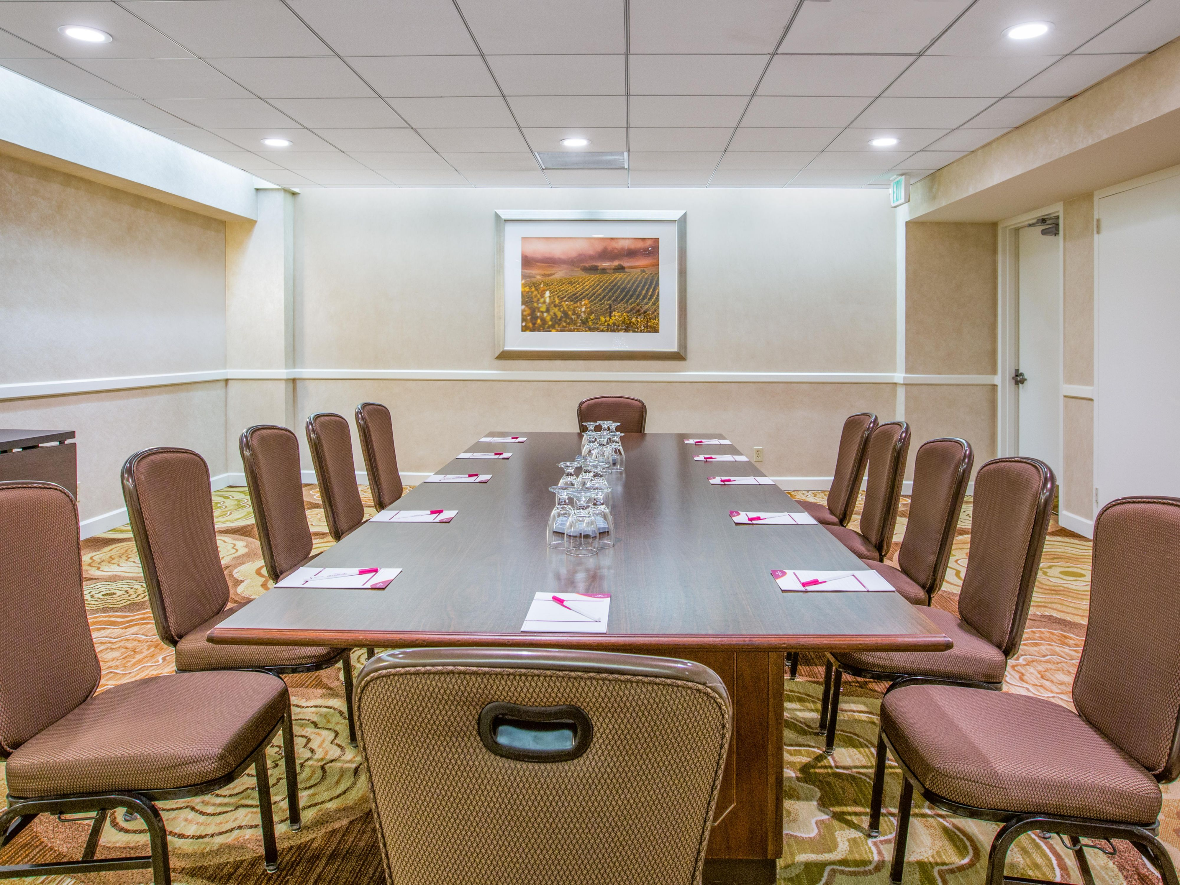 Crowne Plaza Los Angeles Airport - Hotel Meeting Rooms for Rent