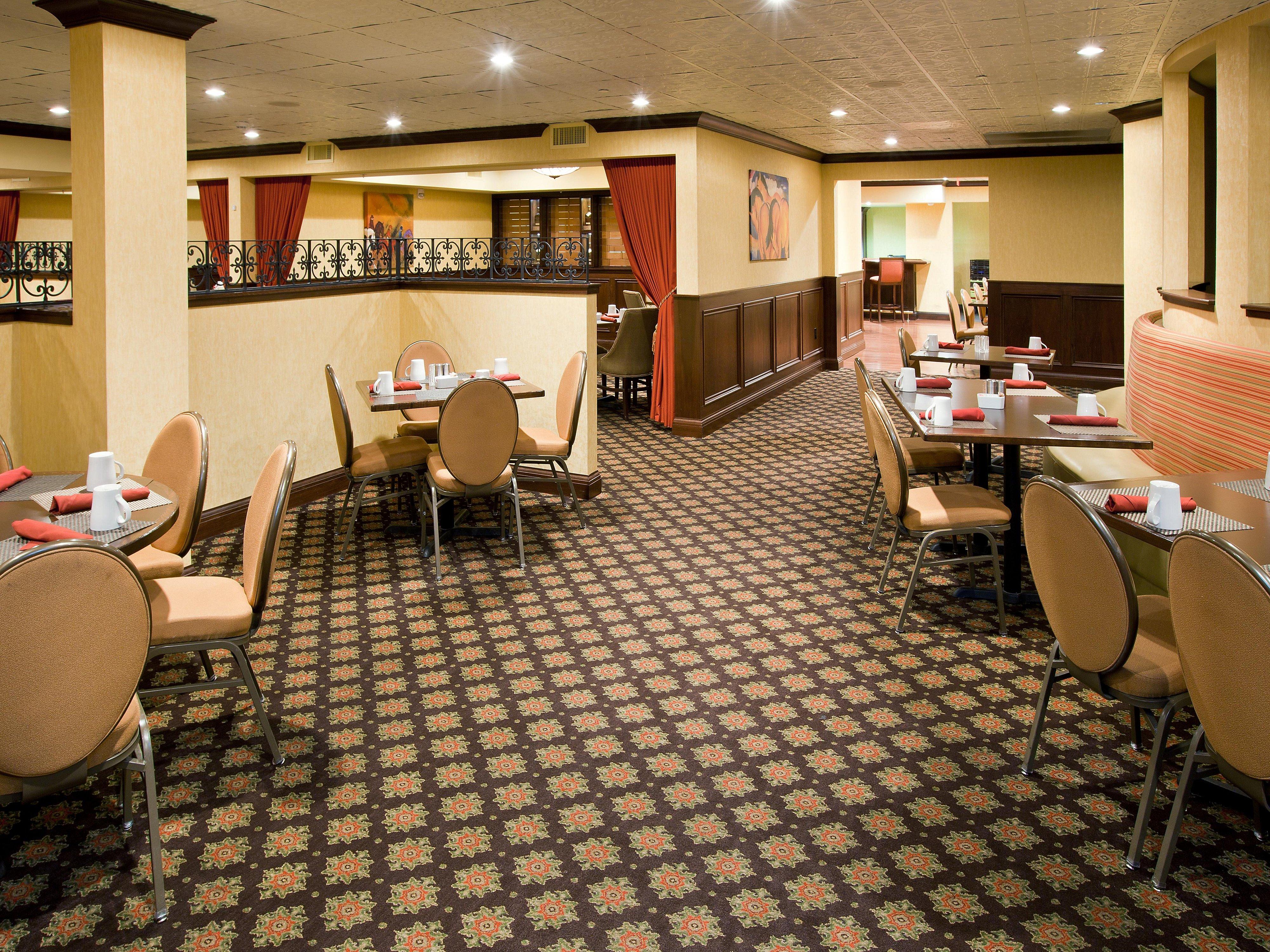 Restaurants Near Louisville Crowne Plaza