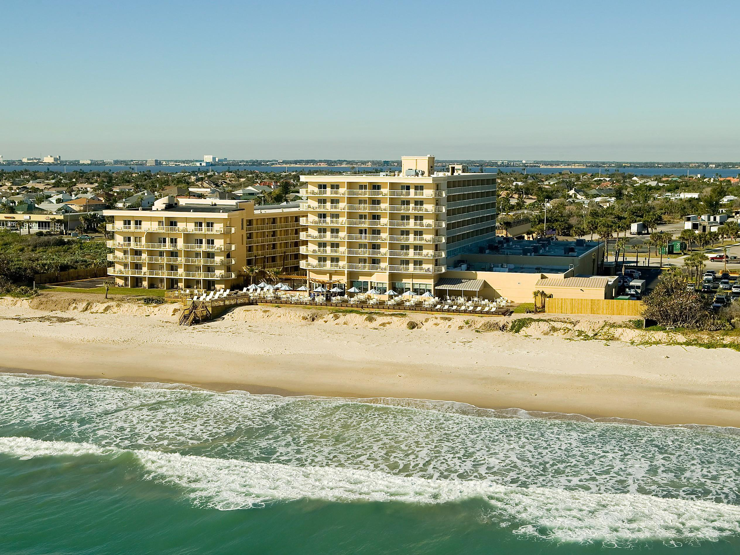 Business Hotels in Melbourne FL | Crowne Plaza Melbourne-Oceanfront