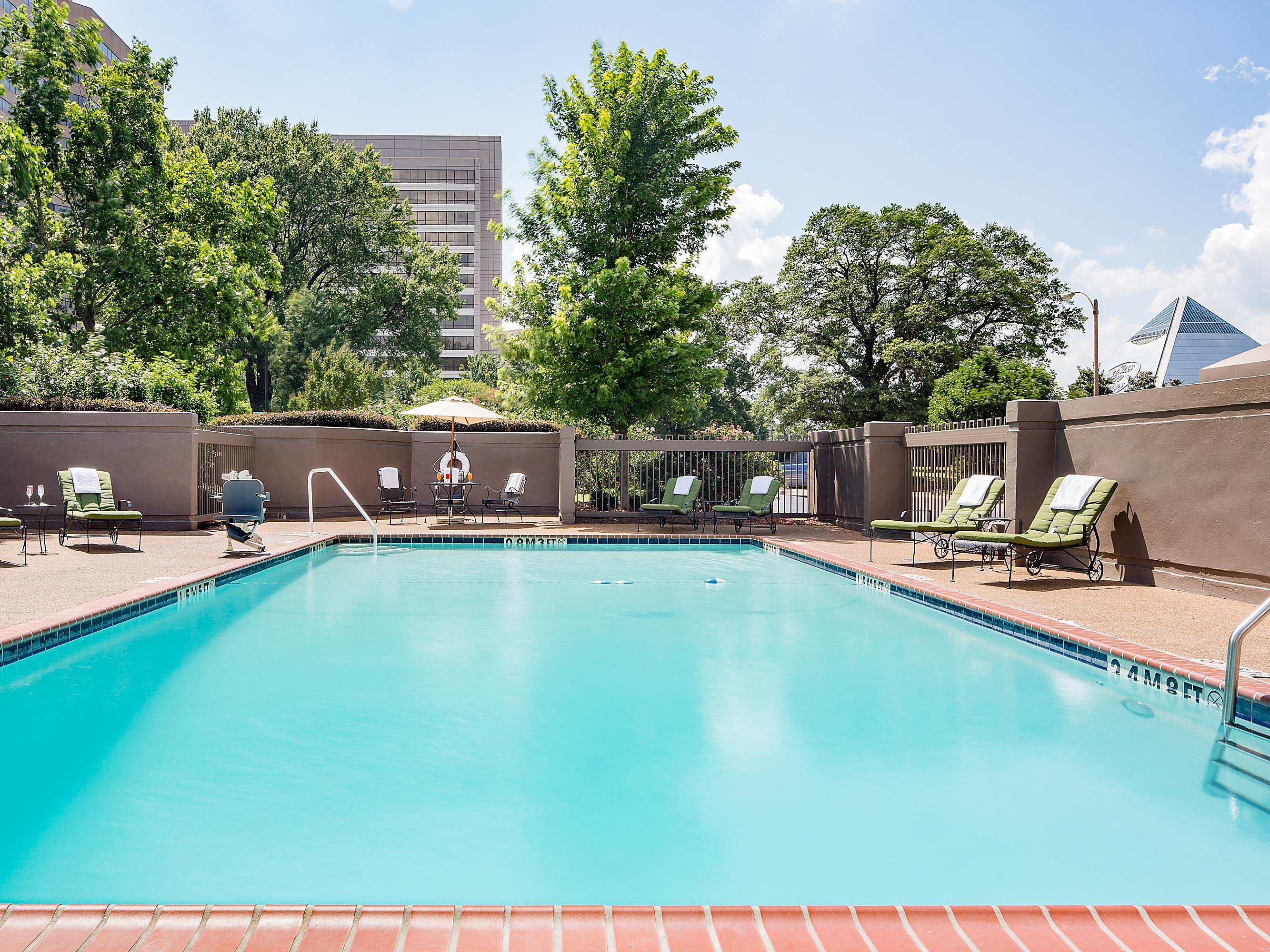 Crowne Plaza Memphis Downtown Health and Fitness Facilities