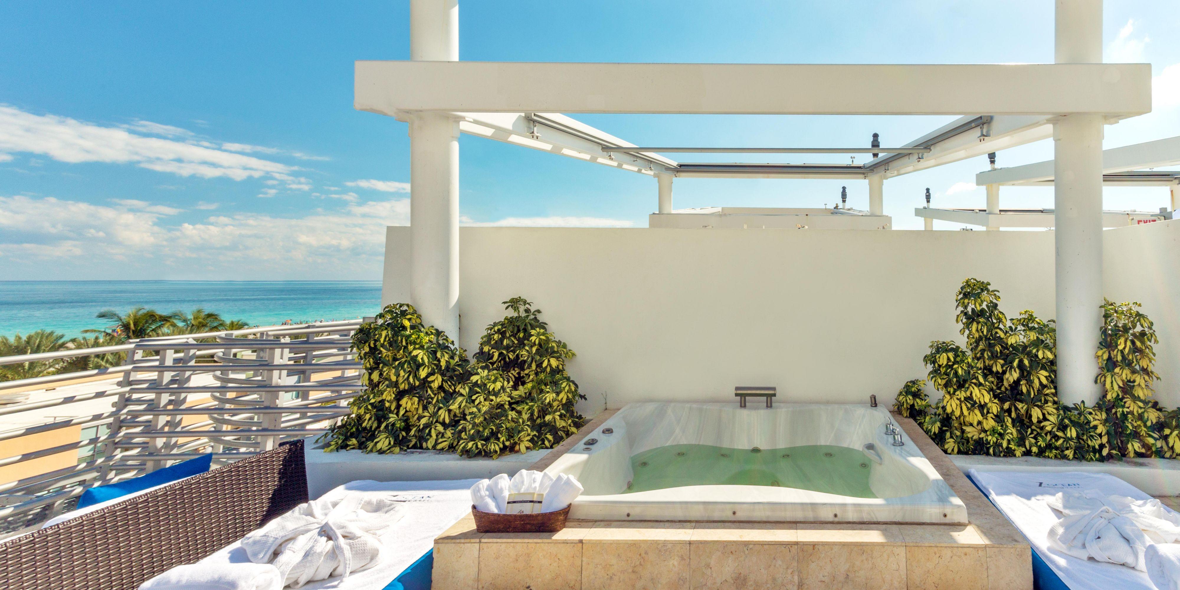 Rooftop Terrace Luxury Suites