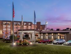 Crowne Plaza Milwaukee Airport in Brown Deer, Wisconsin
