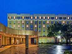 Crowne Plaza Monroe South Brunswick in Elizabeth, New Jersey