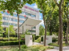 Crowne Plaza Paris - Neuilly in Clichy, France
