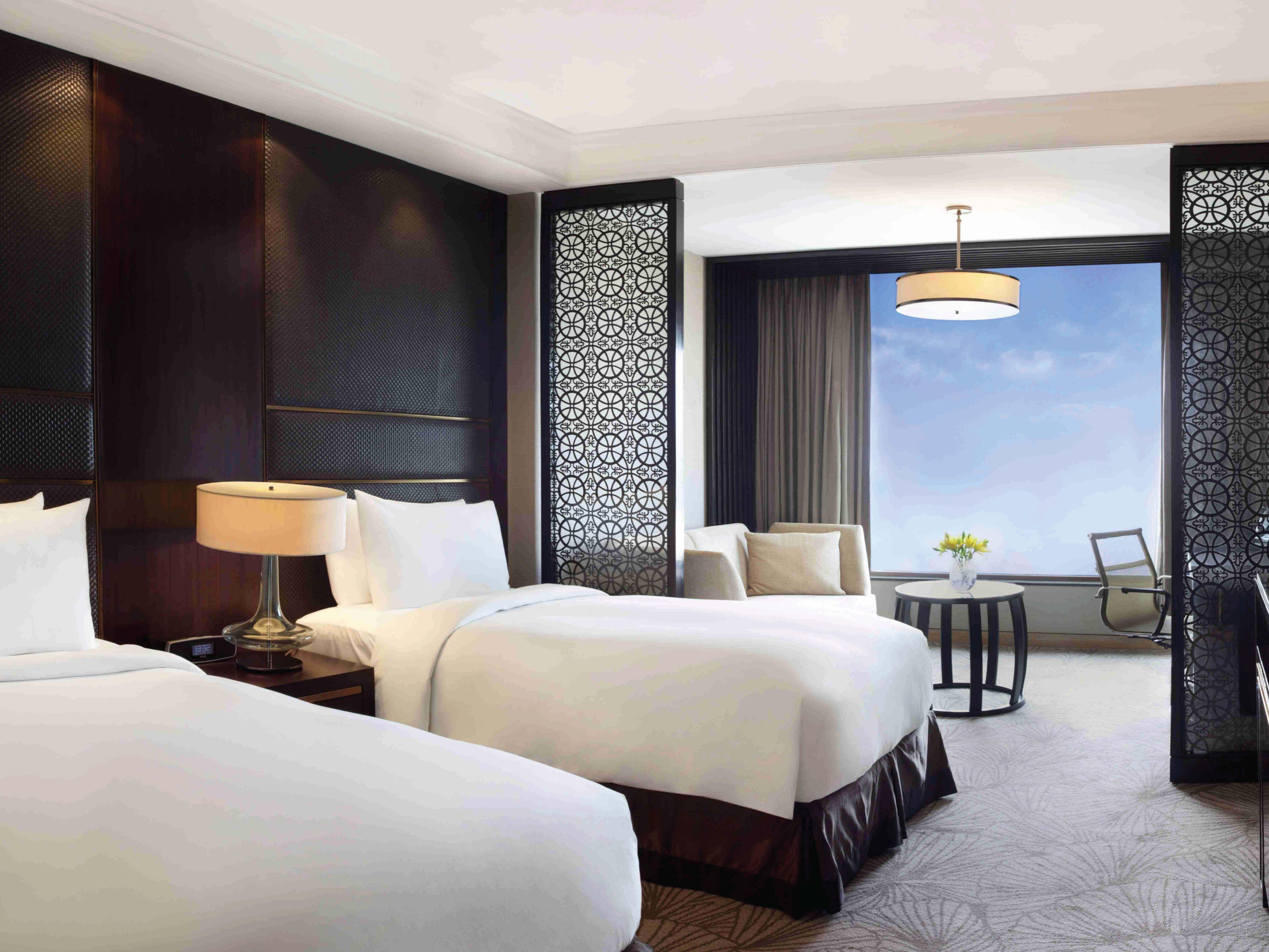 Hotel Delhi City Centre Crowne Plaza New Delhi Mayur Vihar Noida New Delhi India