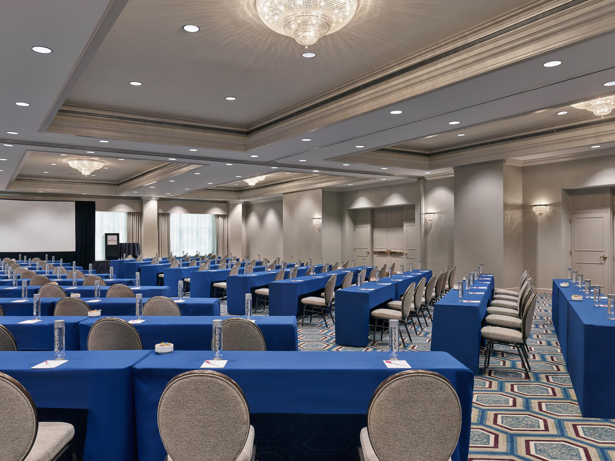 Crowne Plaza New Orleans French Quarter - Hotel Meeting Rooms for Rent