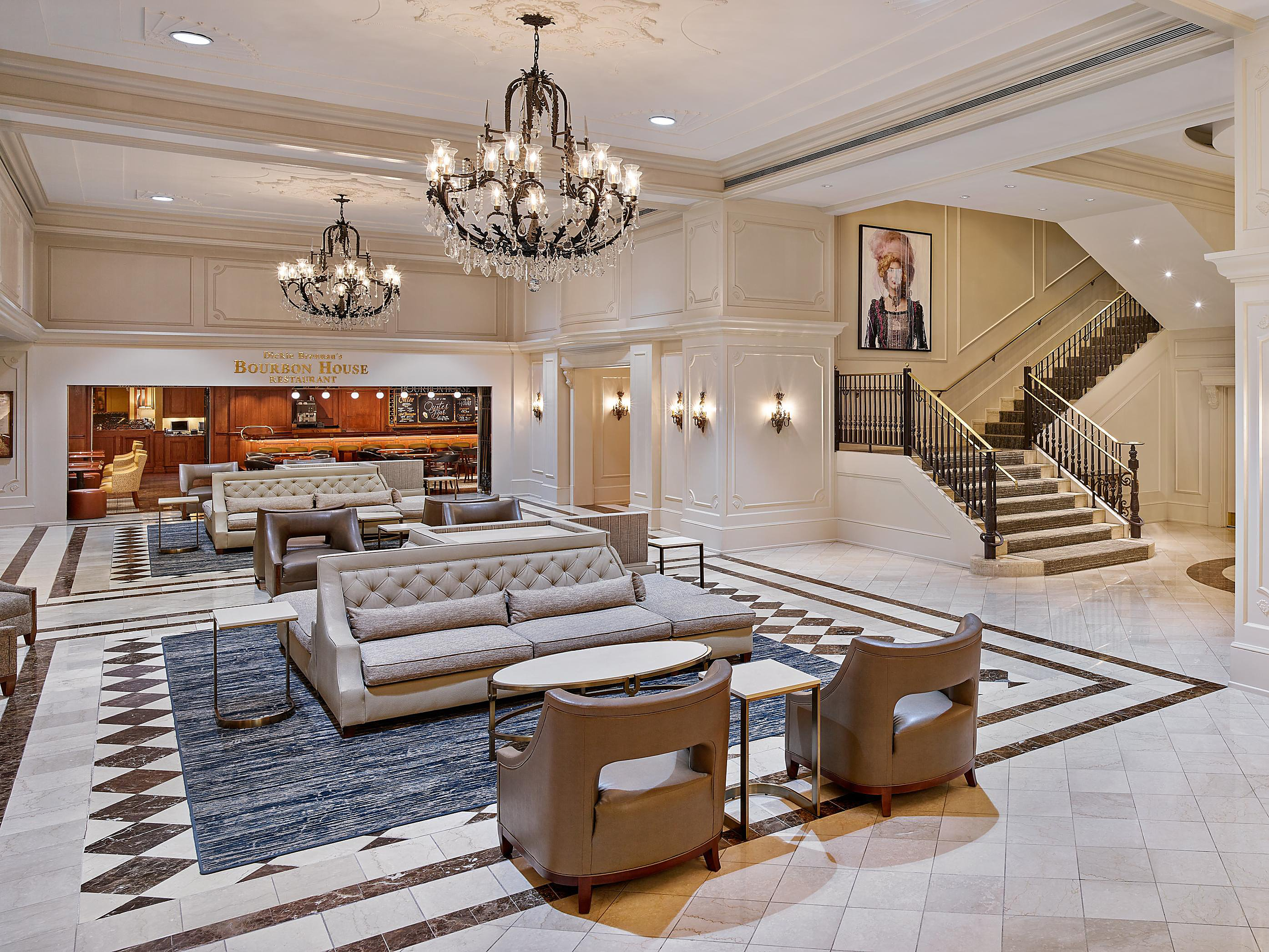 French Quarter Hotels >> Crowne Plaza New Orleans French Quarter Hotels In New