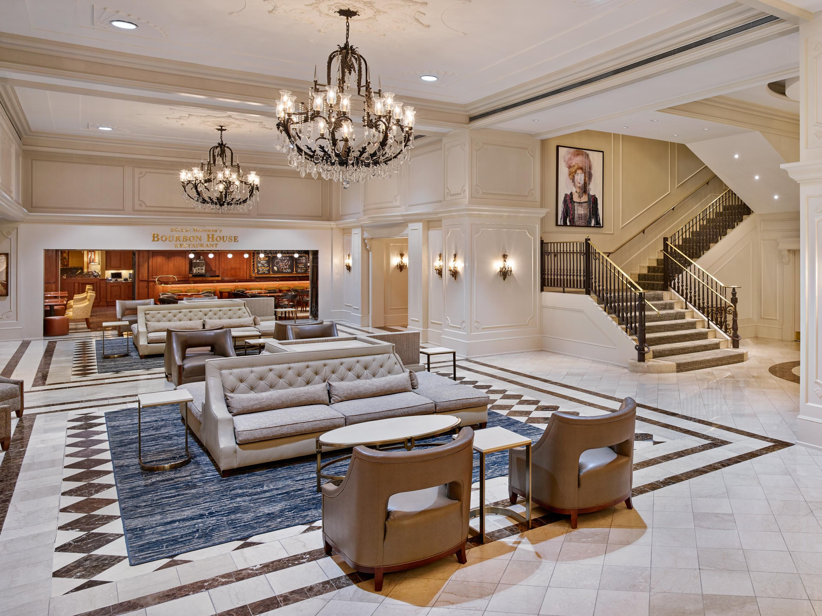 Hotels In New Orleans Near Bourbon Street | Crowne Plaza New ...