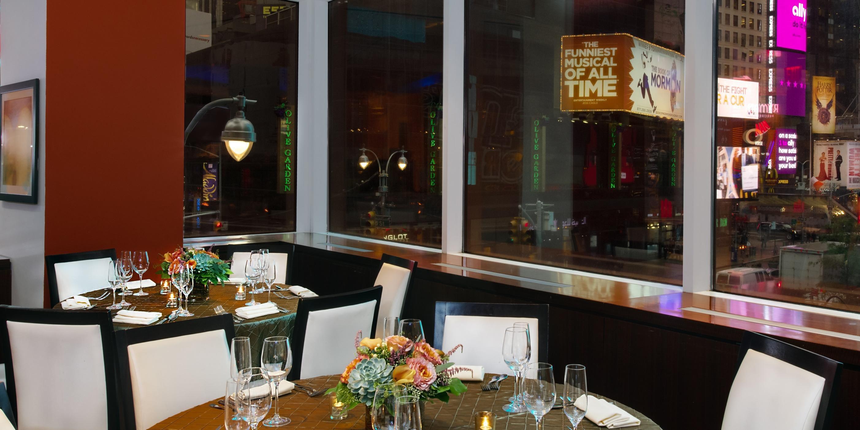 Crowne Plaza Times Square Manhattan | Save 25% on Luxury