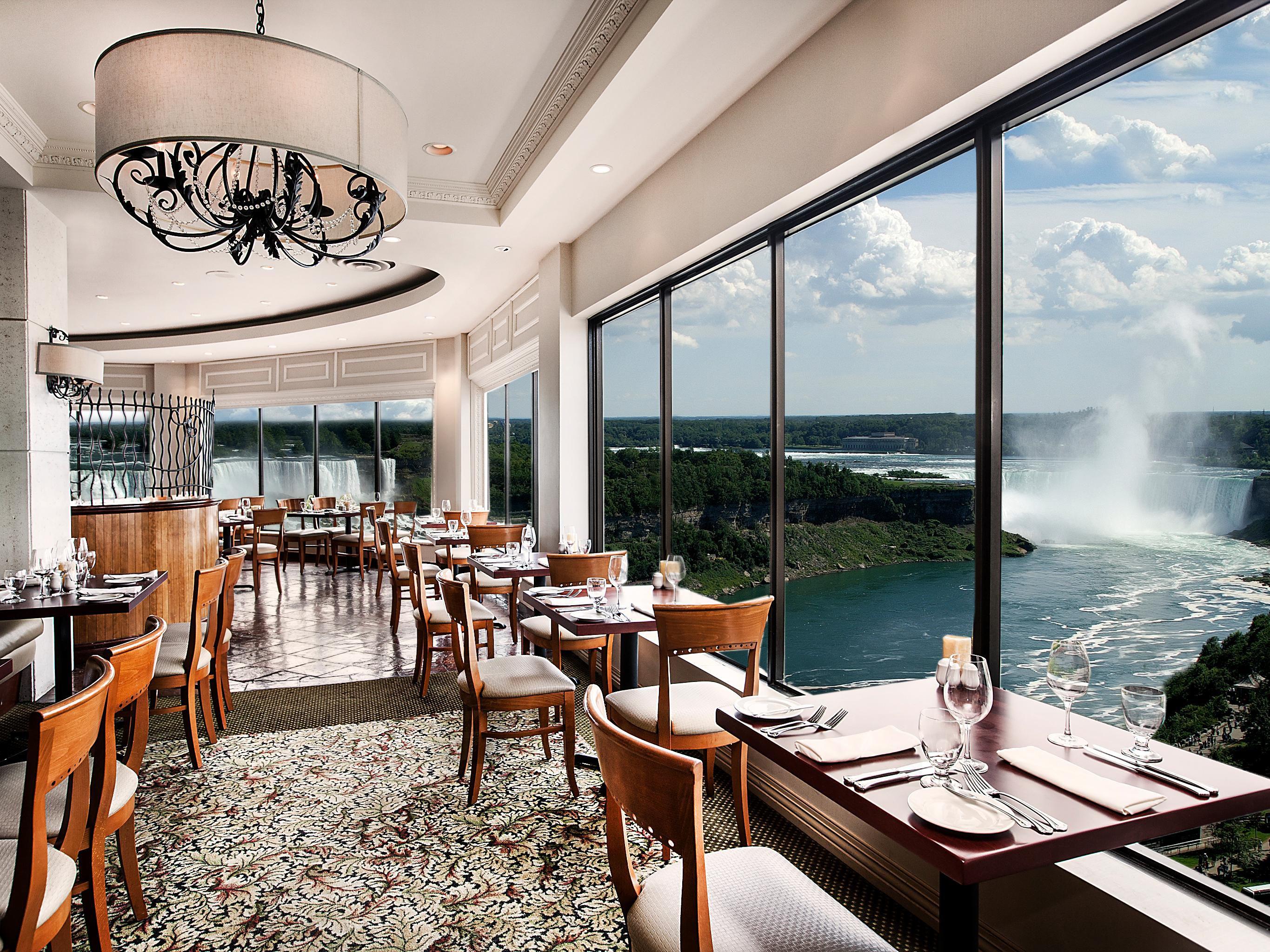Restaurant Photo Prime Steakhouse Overlooking Niagara Falls