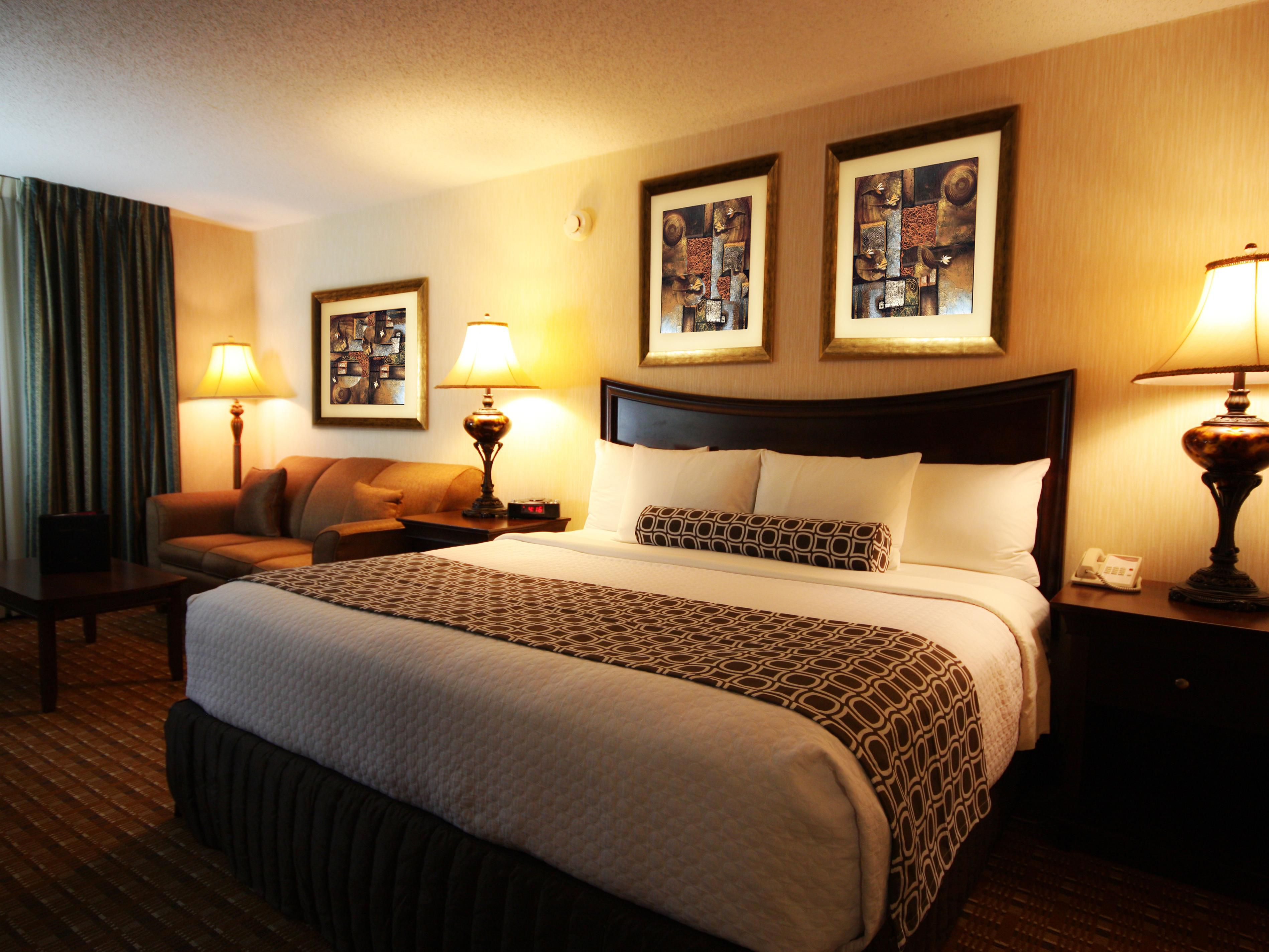 Crowne Plaza Chicago-Northbrook - Northbrook, Illinois