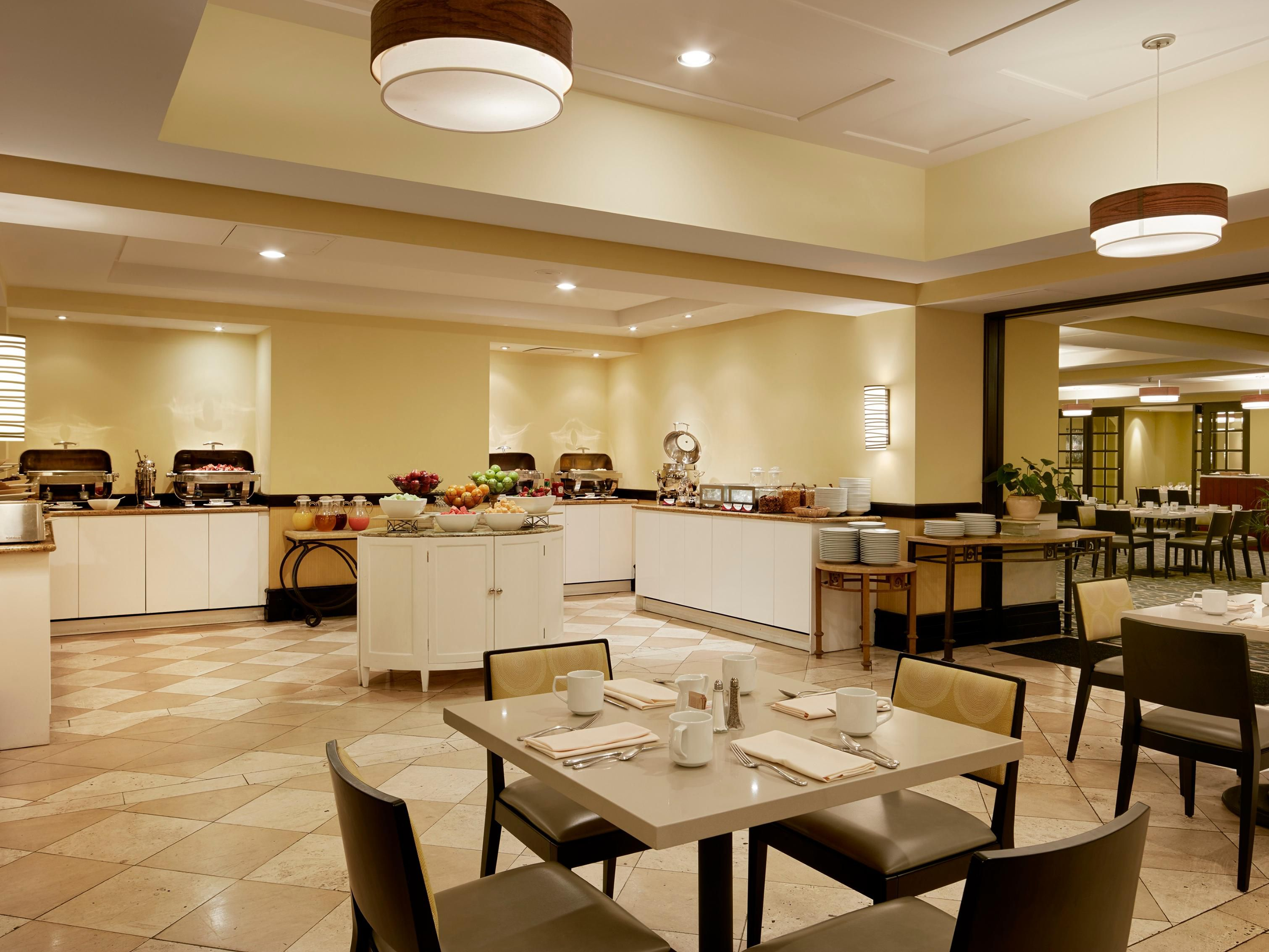 Crowne plaza palo alto palo alto california breakfast area groupsandmeetingsphotos sciox Gallery