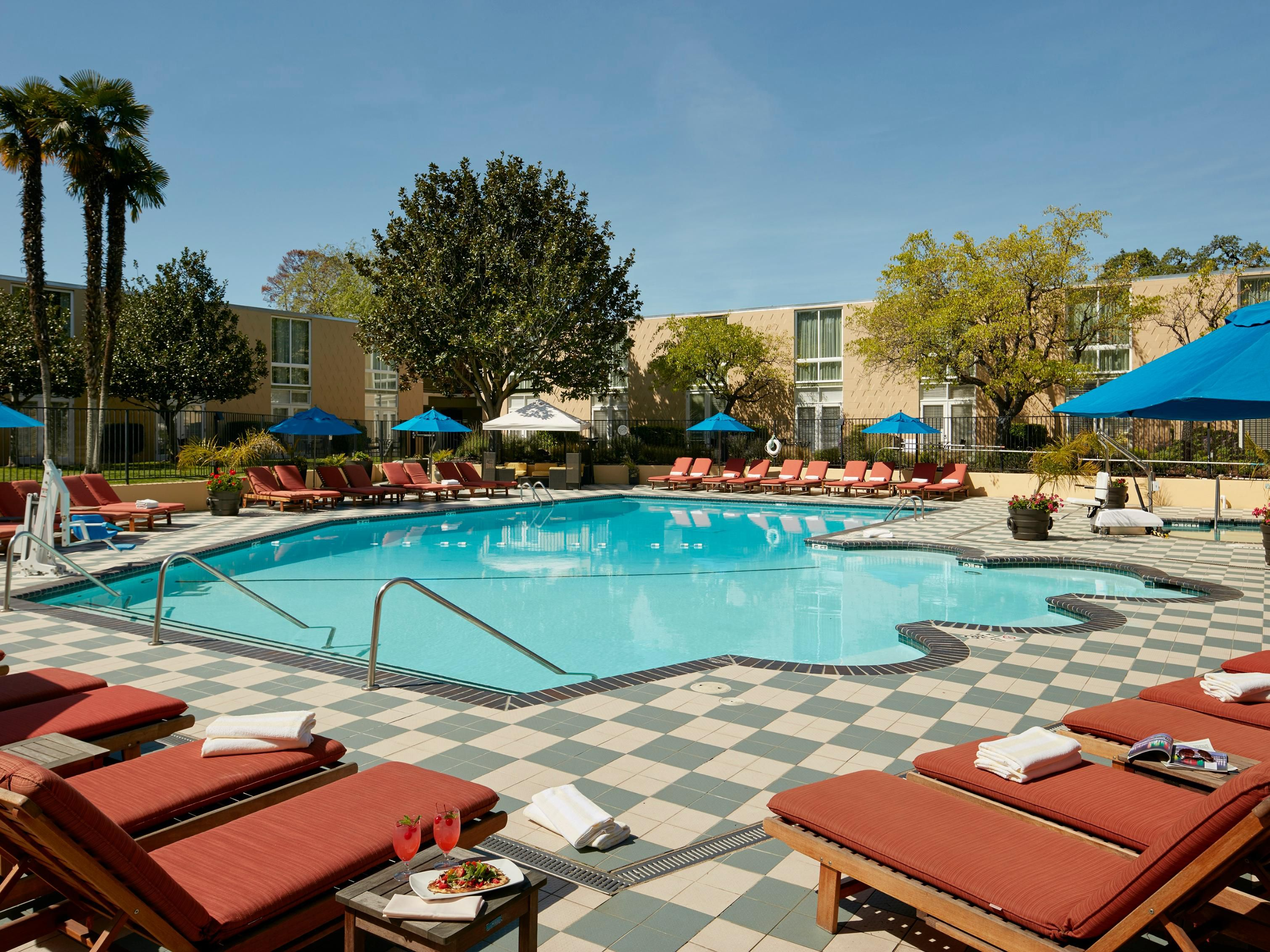 Crowne Plaza Palo Alto Swimming Pool Groupsandmeetingsphotos