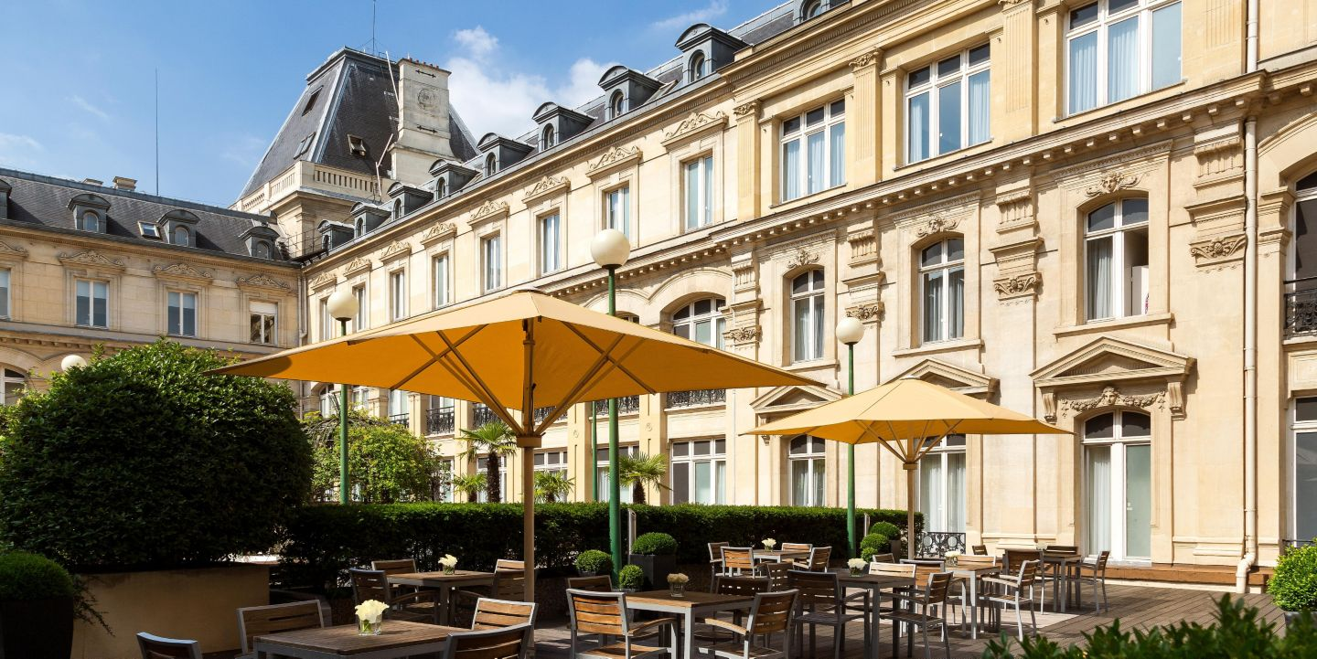 Crowne plaza paris republique paris france for Hotel paris x