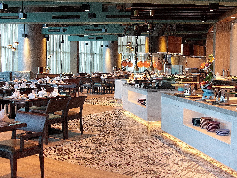 Crowne Plaza Manila Galleria - Quezon City, Philippines Hotel | IHG