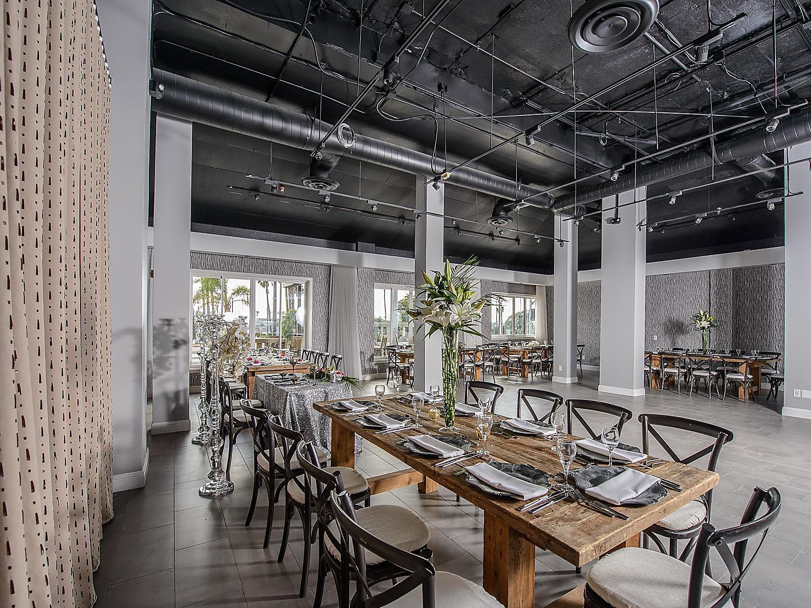 Restaurants Near Redondo Beach Crowne Plaza