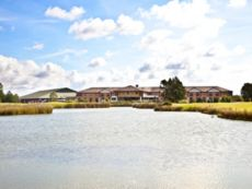 Crowne Plaza Hotels & Resorts Colchester - Five Lakes in Braintree, United Kingdom
