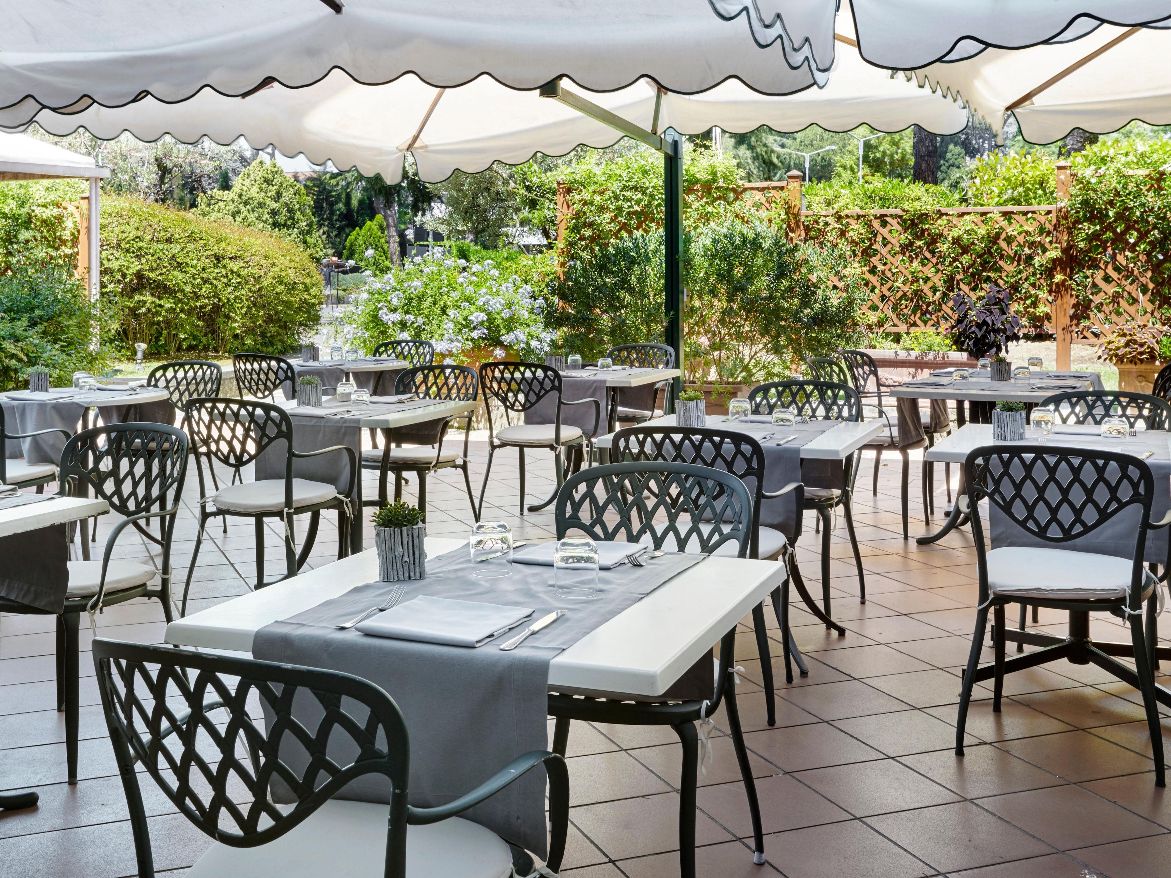 Restaurants Near Rome St Peter s Crowne Plaza