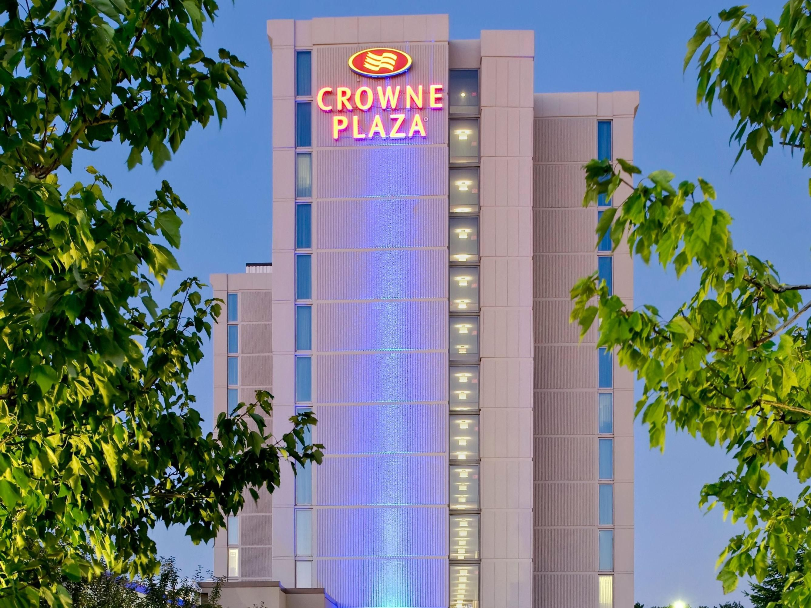 Crowne Plaza Chicago Ohare Hotel & Conf Ctr