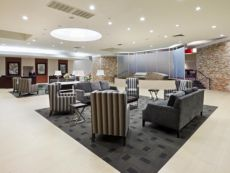 Crowne Plaza Sacramento Northeast in Woodland, California