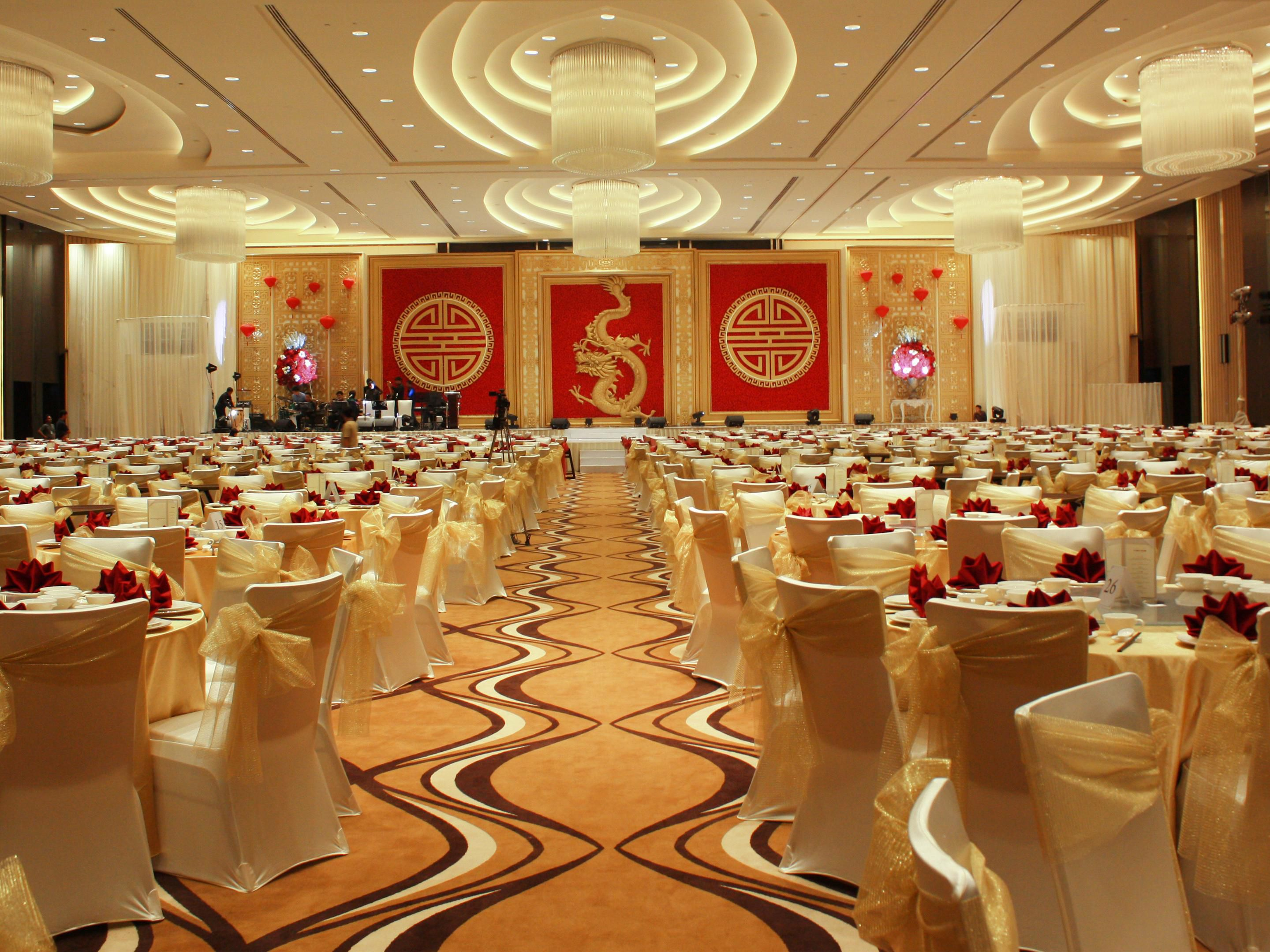 Crowne plaza semarang hotel meeting rooms for rent ballroom photo junglespirit Image collections
