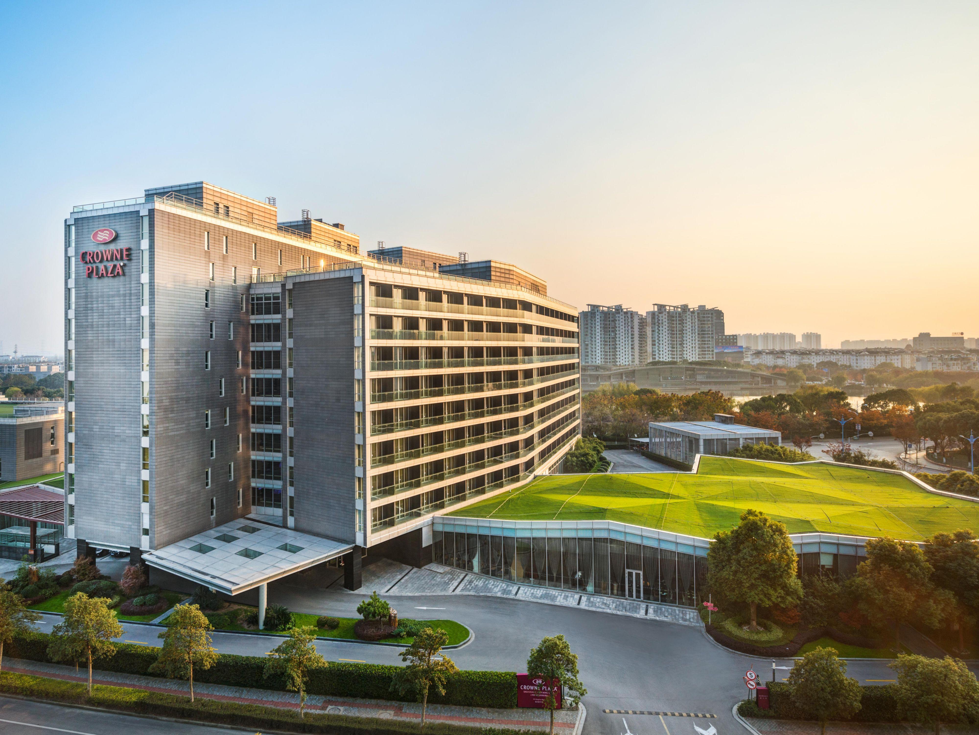 crowne plaza shanghai xiayang lake shanghai mainland china hotel rh ihg com