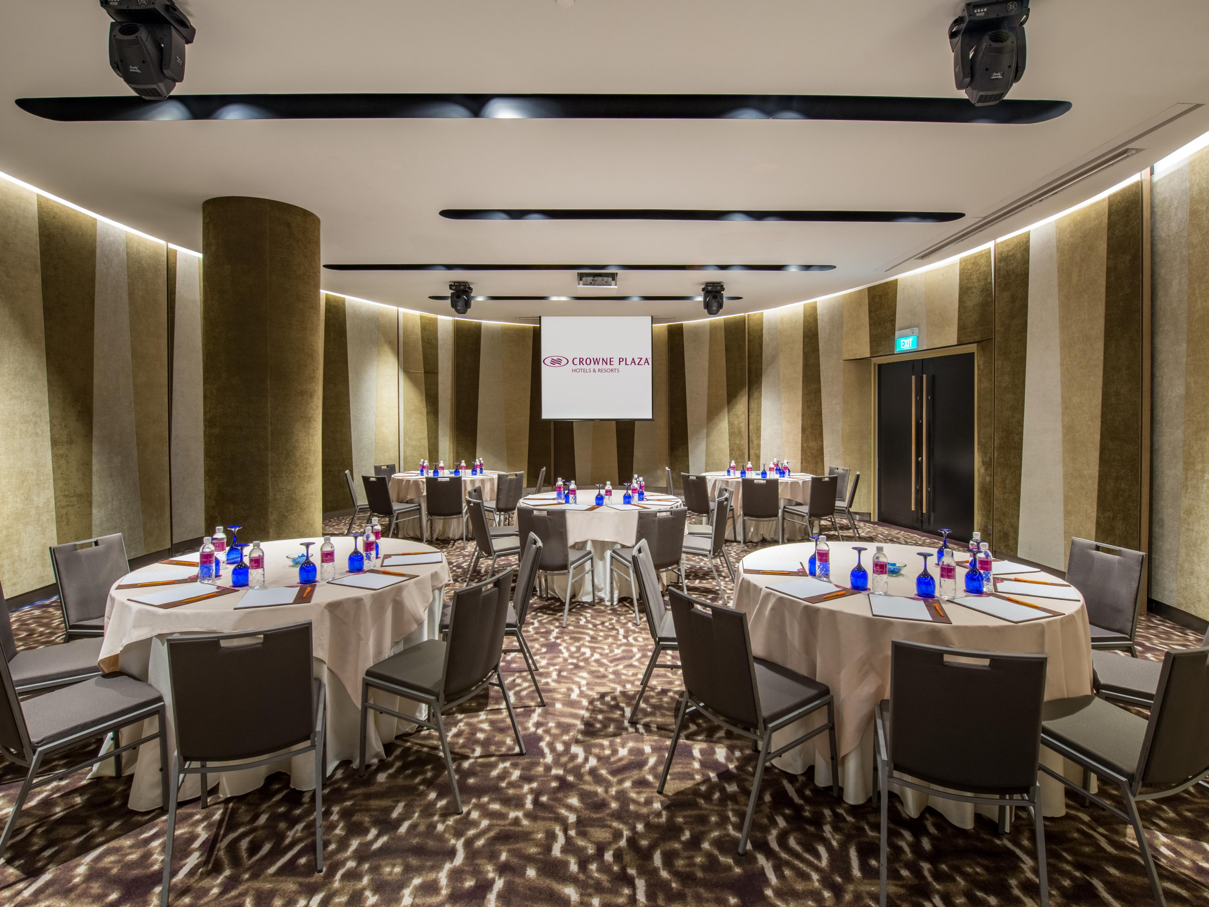 Crowne Plaza Changi Airport - Hotel Meeting Rooms for Rent