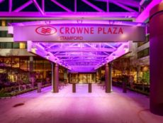 Crowne Plaza Stamford in Jamaica, New York