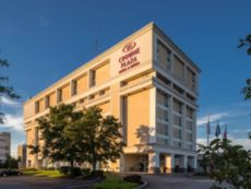 Crowne Plaza Suites Pittsburgh South in Washington, Pennsylvania