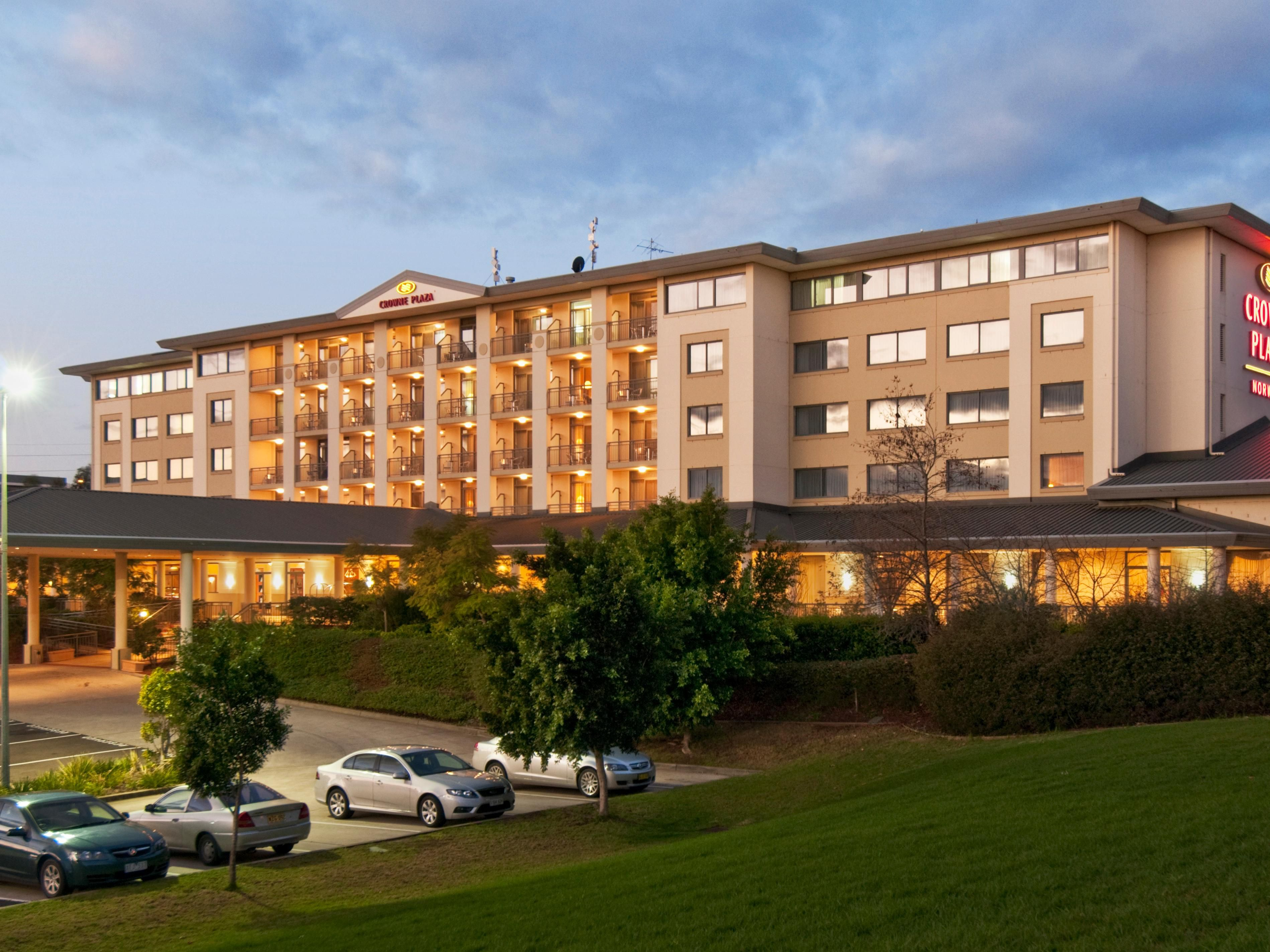 Crowne Plaza Norwest Evening Exterior