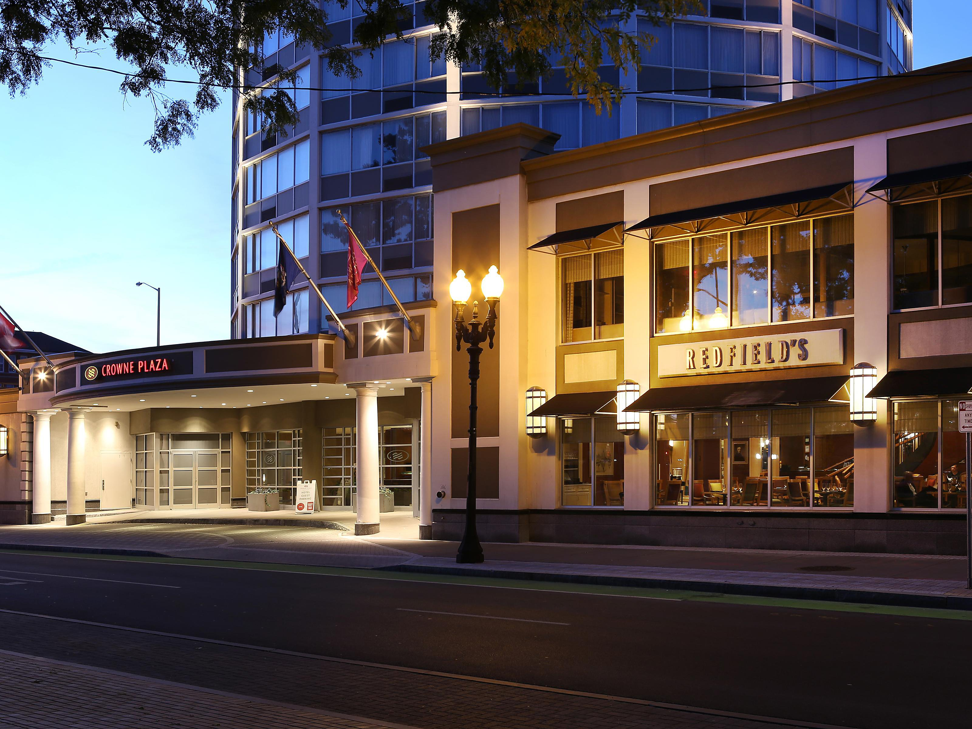 Restaurants Near Syracuse Crowne Plaza