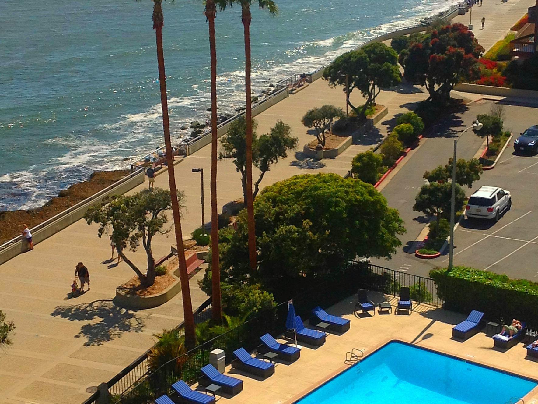 Crowne Plaza Ventura Beach Hotel Swimming Pool Swimmign Photo