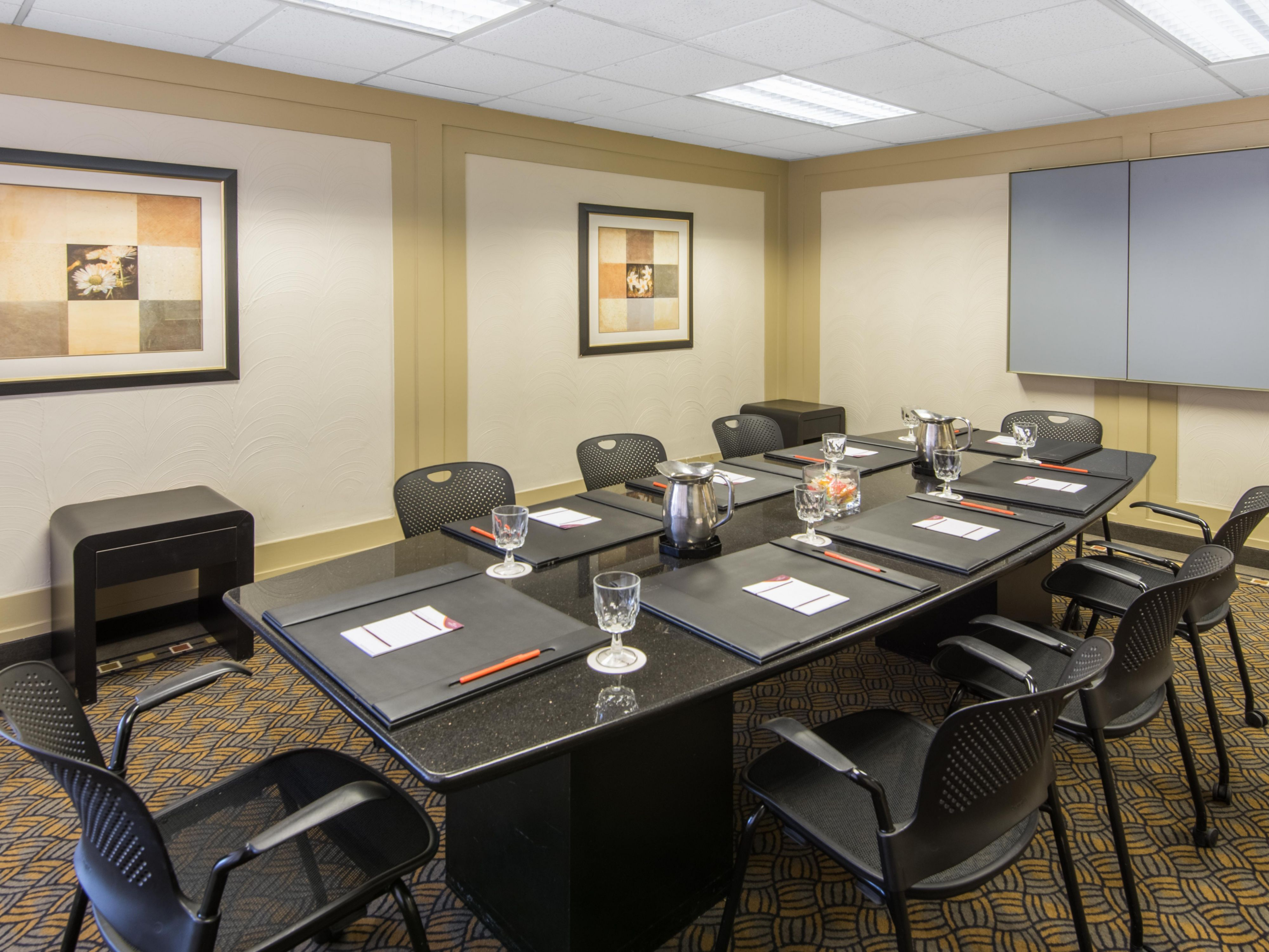 Crowne Plaza Virginia Beach Town Center Hotel Meeting Rooms For Rent