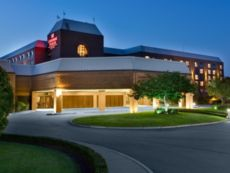 Crowne Plaza Providence-Warwick (Airport) in Swansea, Massachusetts