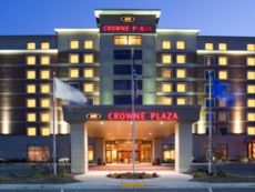 Crowne Plaza Milwaukee West in Oak Creek, Wisconsin