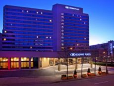 Crowne Plaza White Plains-Downtown in Jamaica, New York
