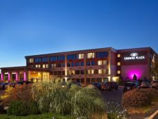 Crowne Plaza Boston - Woburn in Tewksbury, Massachusetts
