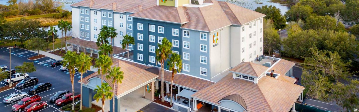 Beautiful Lakefront Setting For Even Hotel Sarasota Lakewood Ranch