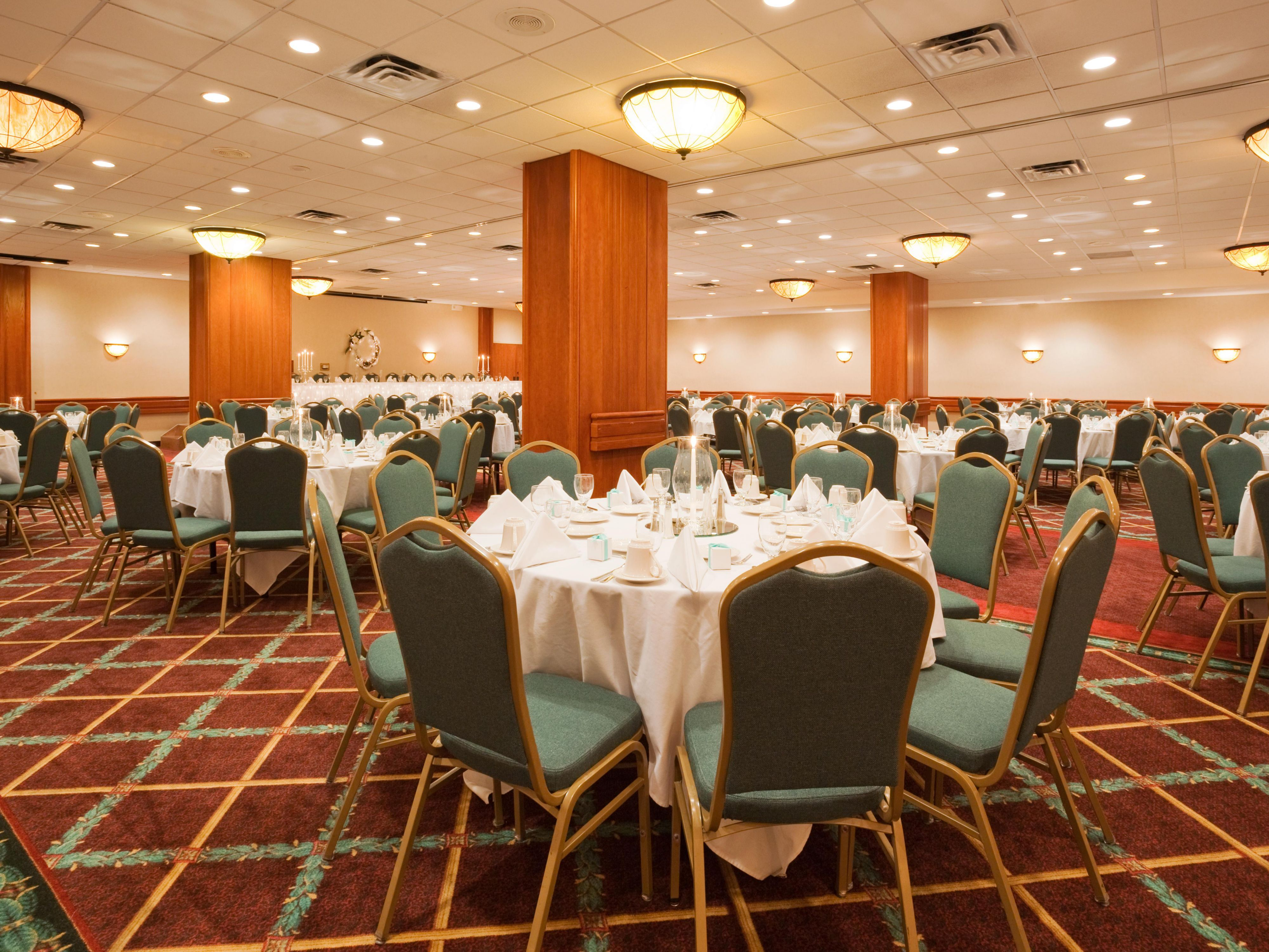 Plan the perfect reception at Holiday Inn Appleton