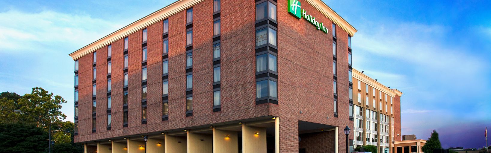 Holiday Inn Downtown Athens Centrally Located To All Attractions