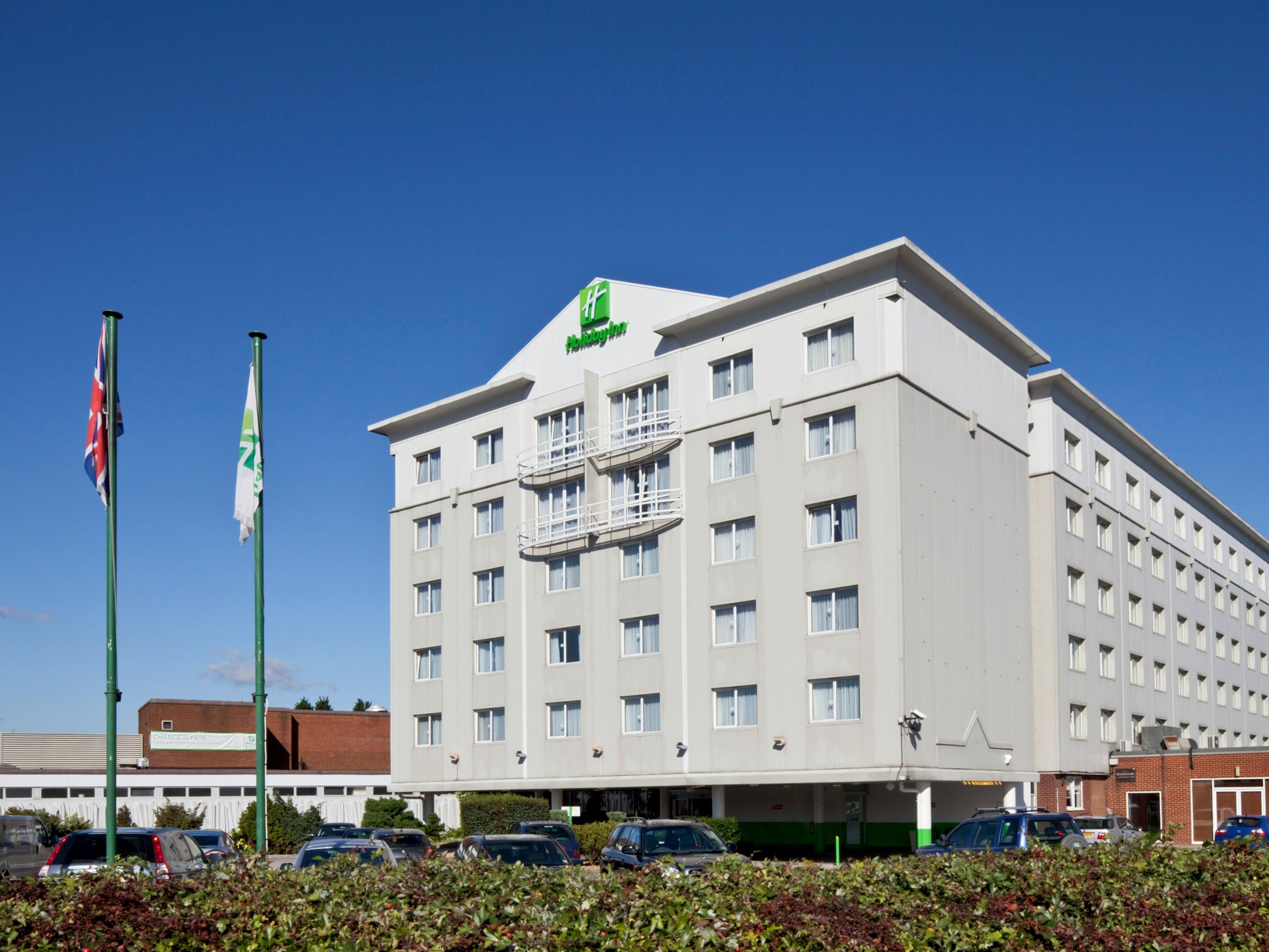 Ing holiday inn for Find hotels in london