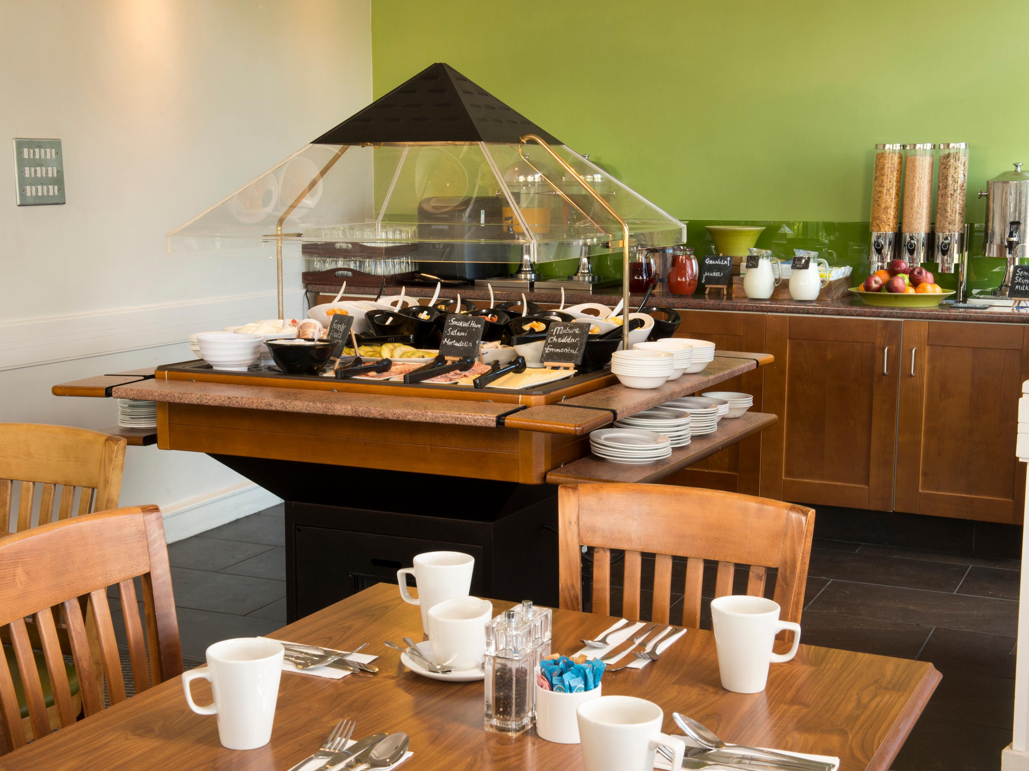 Enjoy a fully cooked English breakfast or a Continental Breakfast