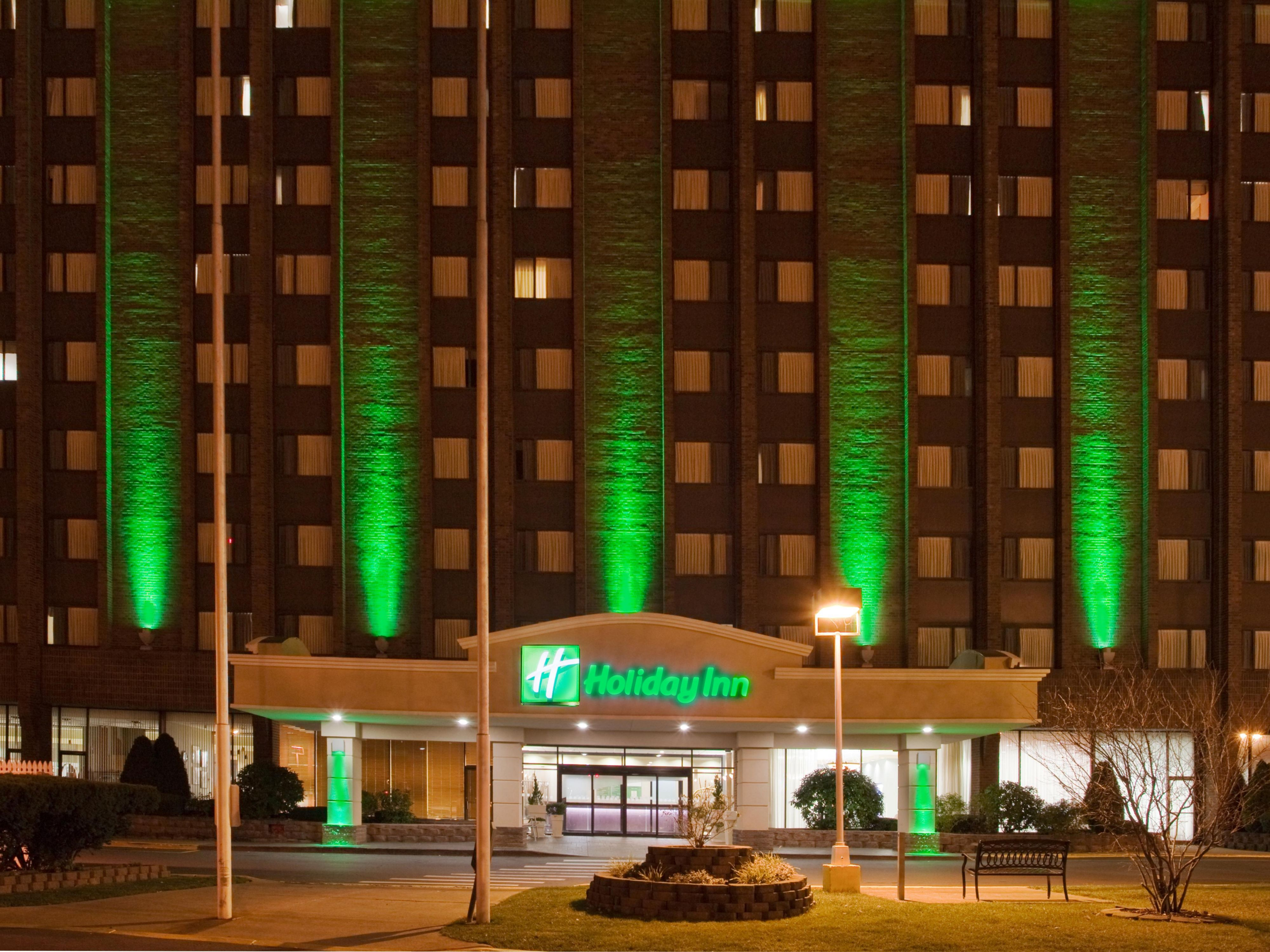 Holiday Inn Binghamton Hotel Exterior Night Photo