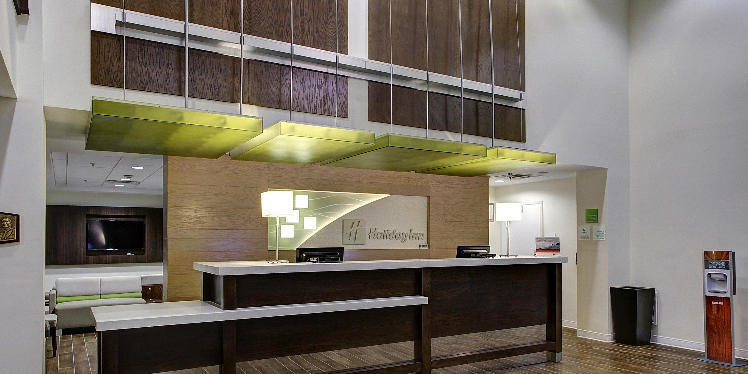 Kid & Pet Friendly Hotels Near Nashville | Holiday Inn