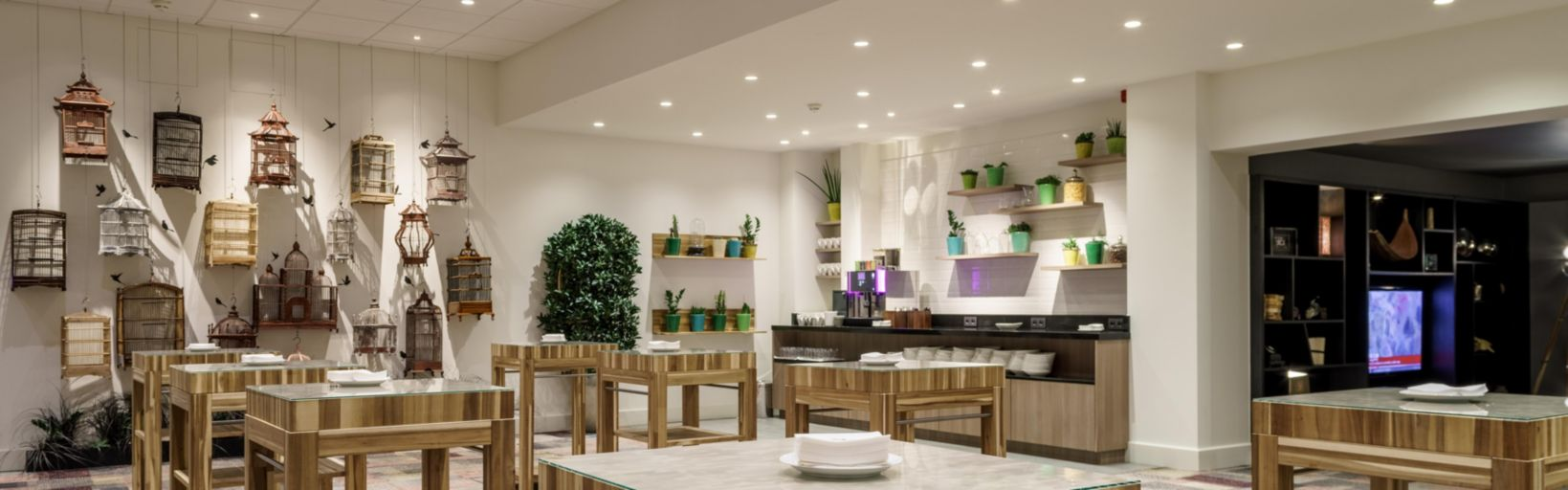 Holiday Inn Brussels Airport Hotel by IHG