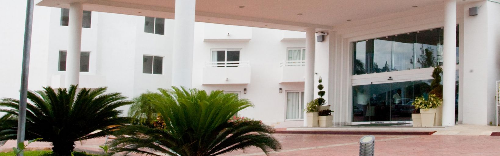 Enbarcadero picture of aquamarina beach hotel cancun tripadvisor - Lobby Front Desk Area Hotel Exterior