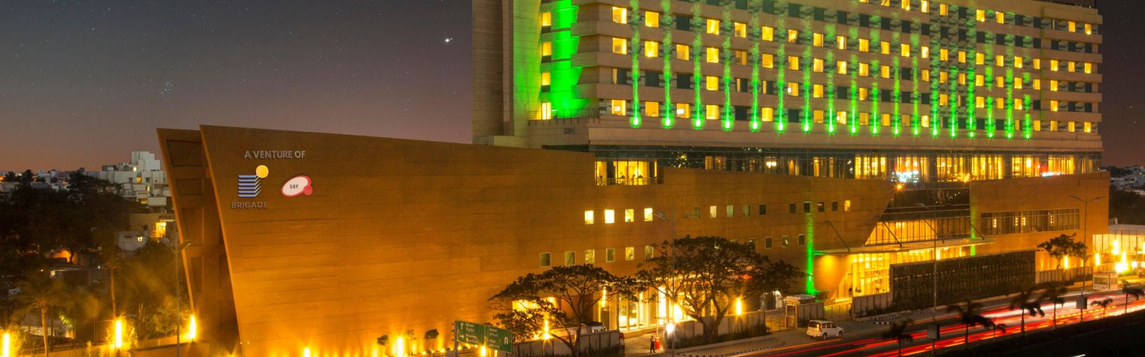 Holiday inn chennai omr it expressway hotel by ihg hotel exterior solutioingenieria Choice Image