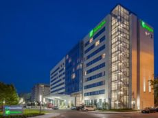 Holiday Inn Cleveland Clinic in Brookpark, Ohio